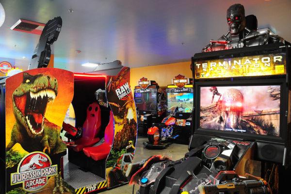Knott's Berry Farm – Entertainment Center – Terminator Salvation Game