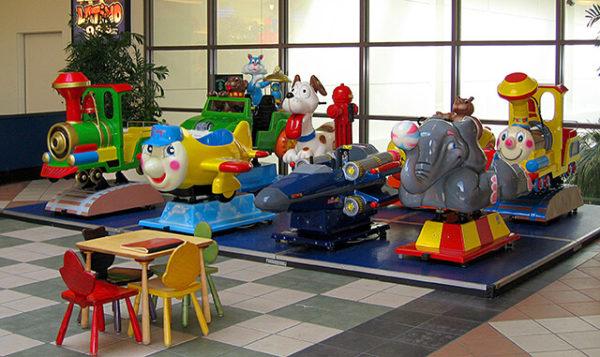 Malls – Kiddie Ride Platform – Willow Lawn