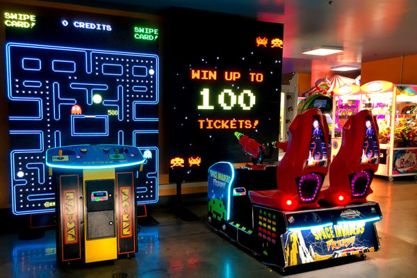 Power House Entertainment Group | Digital Jukeboxes, Games, Play Zones & More!
