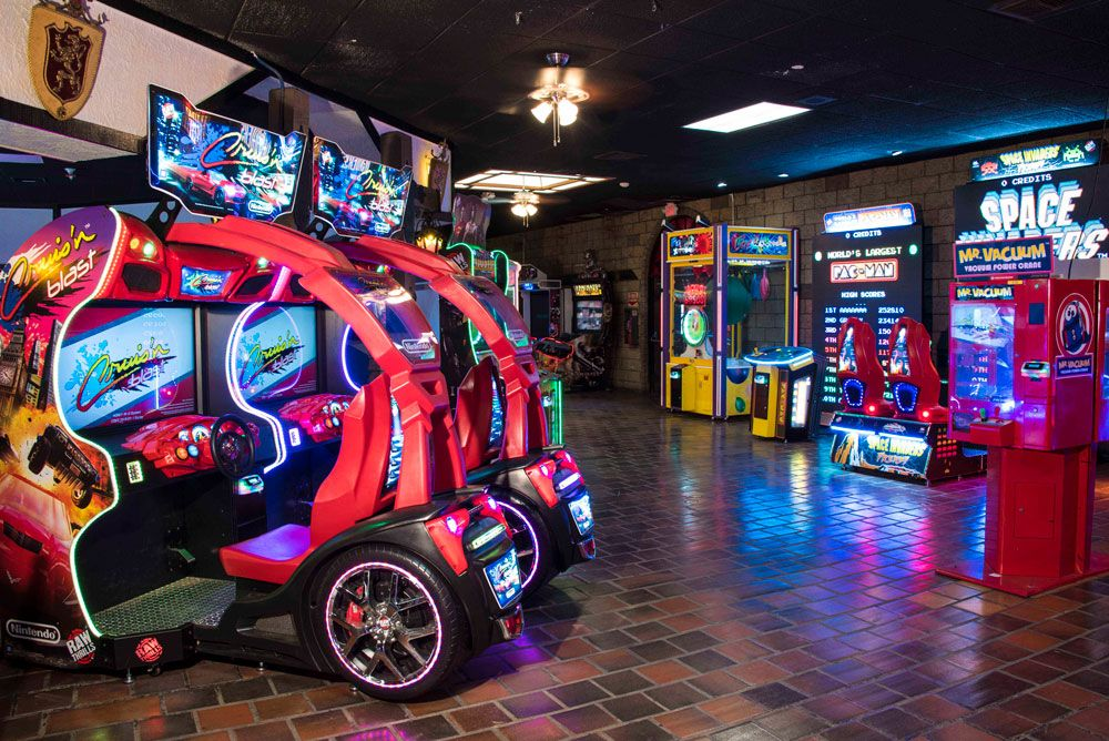 Cruisin' Blast Driving Arcade Game